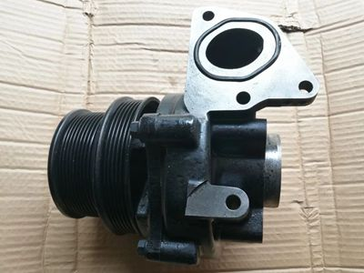Cummins ISZ Water pump 4389187